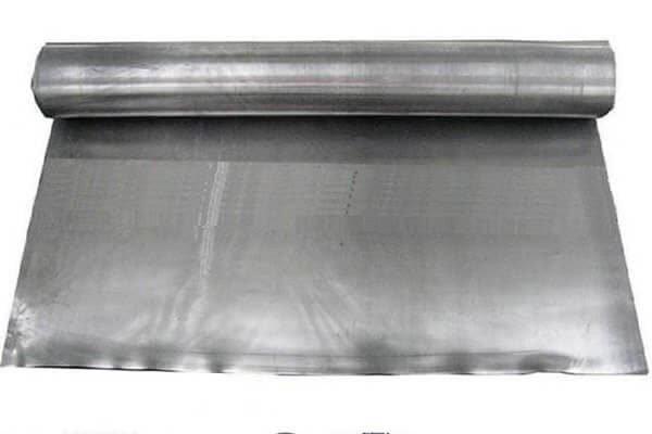 Lençol de chumbo eletrolítico e seu uso na proteção radiológica